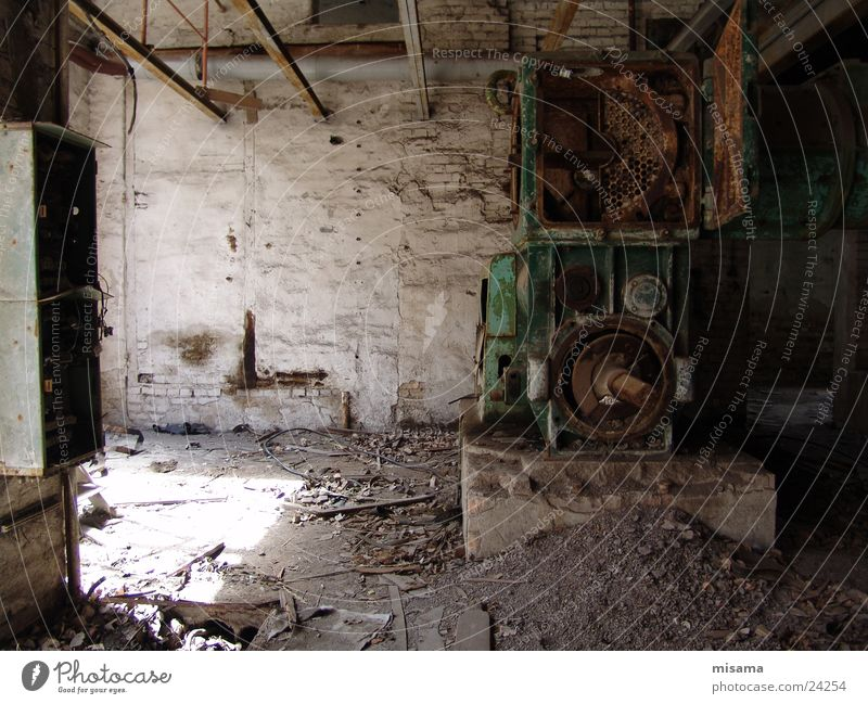 Old Loneliness Poverty Grief Technology Industrial Photography Derelict Craft (trade) Machinery Shabby Tool Production Electrical equipment Brickyard