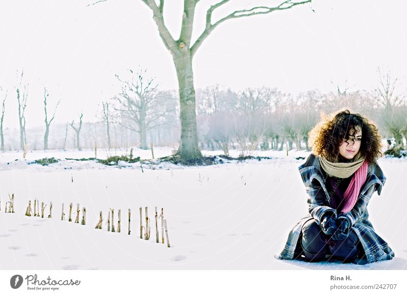 Spaziergang im Schnee Human being Youth (Young adults) Tree Winter Snow Landscape Hair and hairstyles Adults Think Field Ice Frost Jeans Curl Freeze Beautiful weather