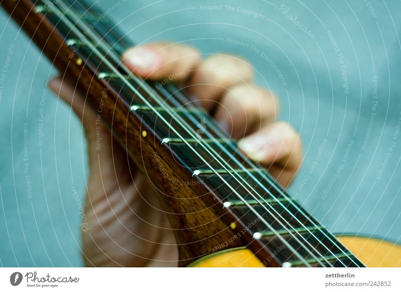 Hand Playing Emotions Music Feasts & Celebrations Fingers Concert Stage Guitar Event Tone Door handle Grasp Musician Musical instrument string Rock'n'Roll