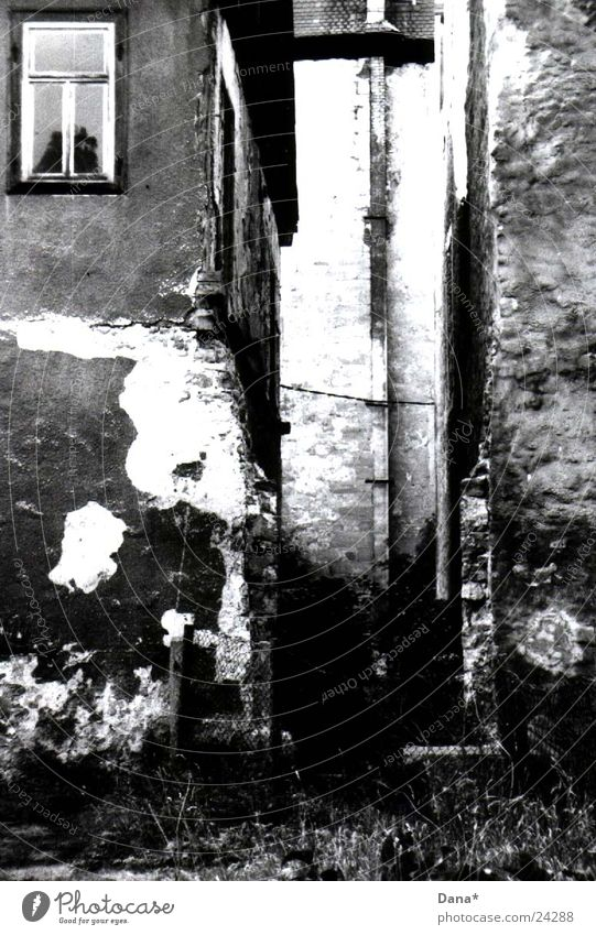 House (Residential Structure) Architecture Castle Derelict Decline Tumbledown