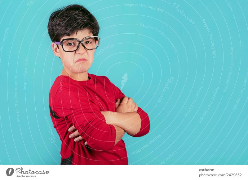 angry boy with glasses Human being Masculine Child Toddler Boy (child) Infancy 1 8 - 13 years Eyeglasses To talk Fitness Rebellious Gloomy Emotions Sadness