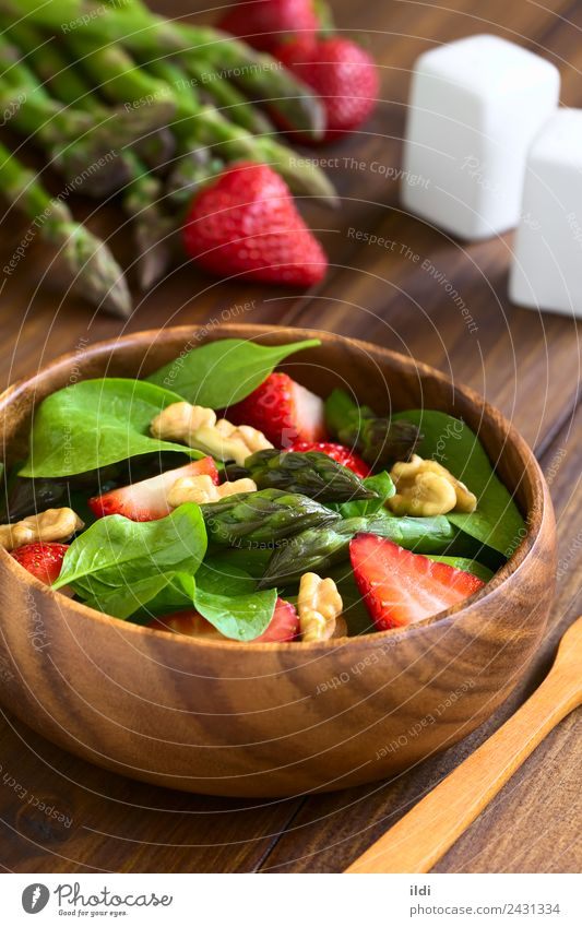 Strawberry Asparagus Spinach and Walnut Salad Fruit Fresh Vegetable Berries Meal Vertical Vegan diet Rustic Raw Snack Home-made