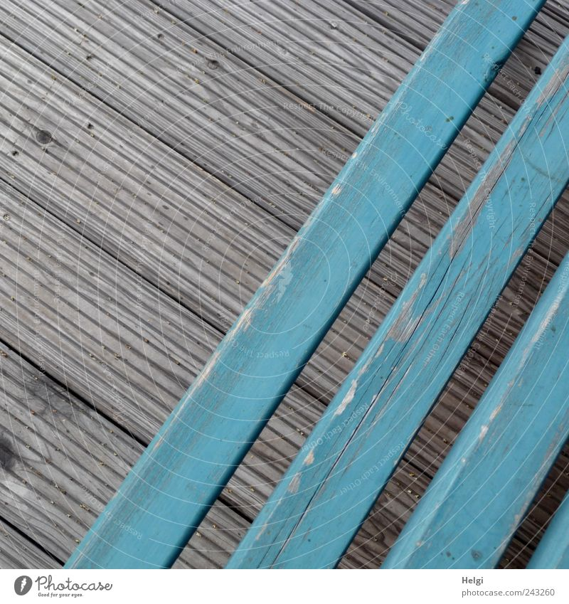 diagonal Bench Wooden floor Line Old Living or residing Esthetic Authentic Sharp-edged Blue Gray Orderliness Loneliness Bizarre Uniqueness Leisure and hobbies