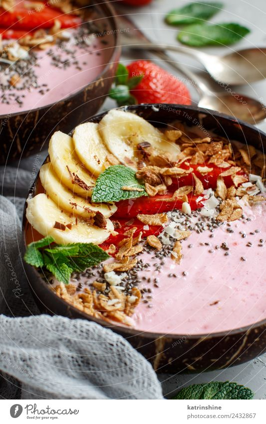 Strawberry and banana smoothie bowls Yoghurt Fruit Dessert Nutrition Breakfast Vegetarian diet Diet Bowl Spoon Summer Fresh Gray Green Pink Red White background