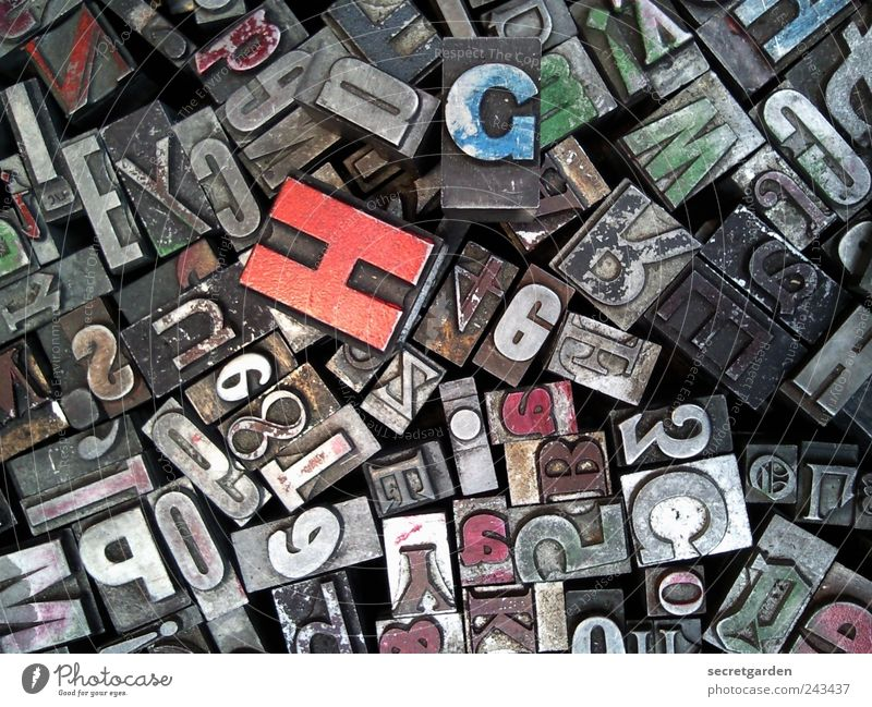 I'll buy an H! Leisure and hobbies Playing Education Collection Characters Old Historic Small Retro Trashy Blue Gray Red Creativity Know Arrange typeset letters