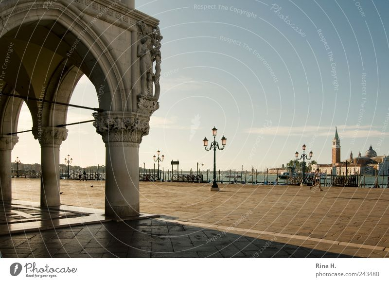 Summer Vacation & Travel Moody Walking Trip Places Tourism Lifestyle Uniqueness Transience Past Street lighting Italy Sightseeing Tourist Attraction Venice