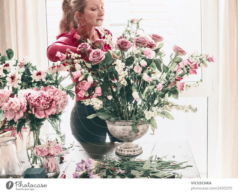 Woman Human being Plant Flower Adults Lifestyle Style Business Party Feasts & Celebrations Pink Design Flat (apartment) Decoration Birthday