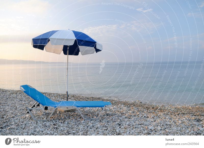 berth Calm Tourism Summer Summer vacation Beach Water Sky Coast Ocean Stone Blue Loneliness Sunshade Umbrellas & Shades Couch Chair Mediterranean sea