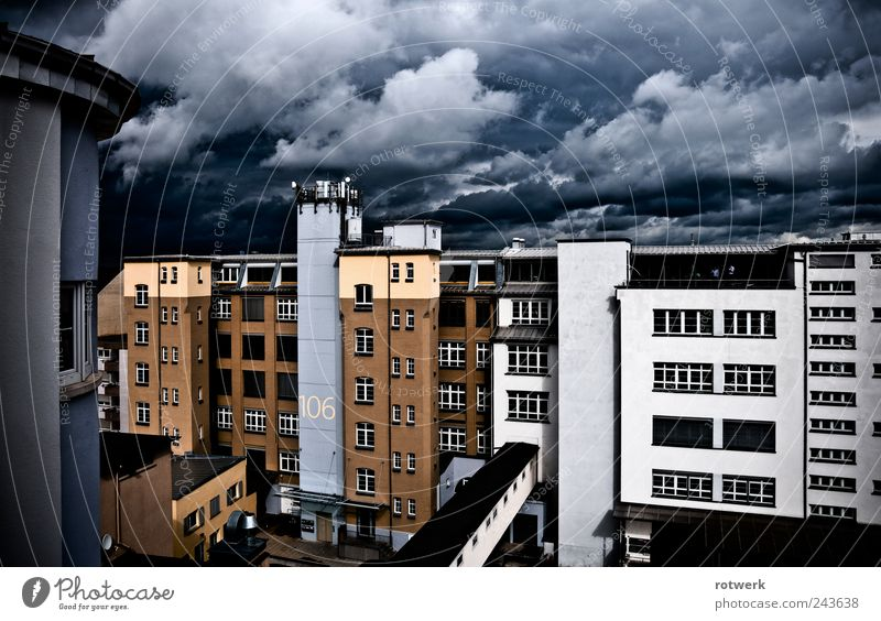rotwerk city worklife Factory Services Sky Storm clouds Bad weather Town House (Residential Structure) Manmade structures Building Architecture Facade Terrace