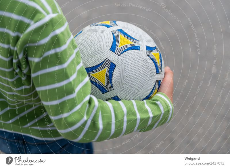 ball spell Sports Ball sports Soccer Foot ball Kindergarten Child Toddler Boy (child) Infancy 1 Human being 3 - 8 years Touch Green Playing Leisure and hobbies