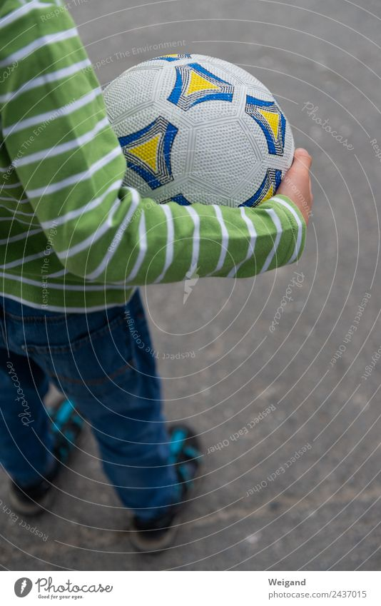 Football III Sports Ball sports Soccer Foot ball Child Boy (child) 1 Human being 3 - 8 years Infancy Simple Leisure and hobbies Vacation & Travel Exterior shot
