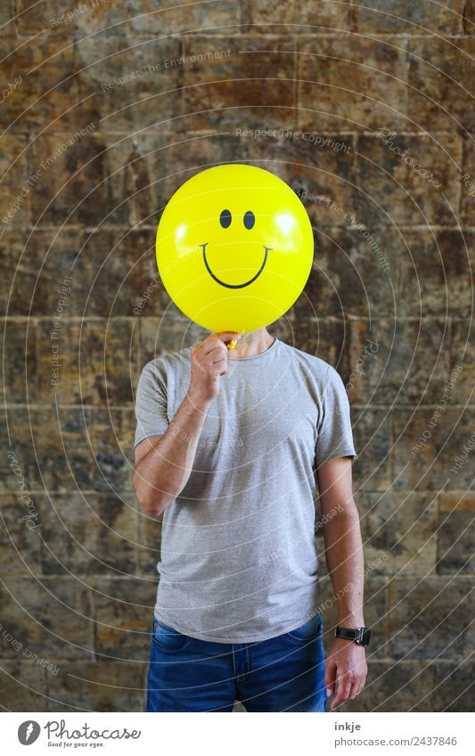 Human being Man Joy Adults Lifestyle Yellow Funny Emotions Playing Moody Leisure and hobbies 45 - 60 years Smiling Happiness Sign