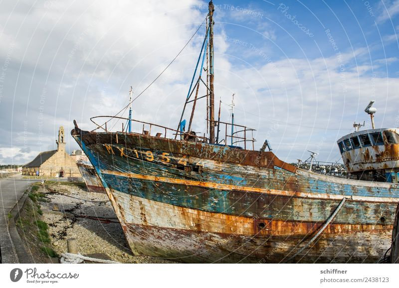 Breton Patina Navigation Fishing boat Old Wreck Bow Watercraft Shipwreck Hull Church Harbour Shipyard Wrecked car Rust Decline Past Transience Forget Derelict