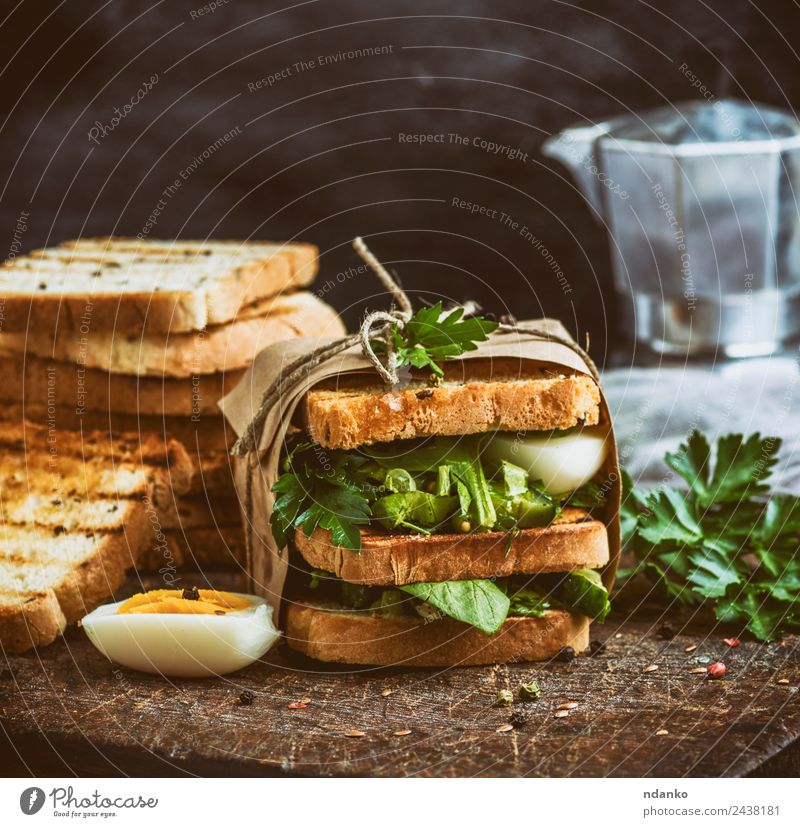 sandwich of French toast Vegetable Bread Breakfast Lunch Dinner Vegetarian diet Fast food Eating Fresh Delicious Brown Green Sandwich french Tomato egg healthy