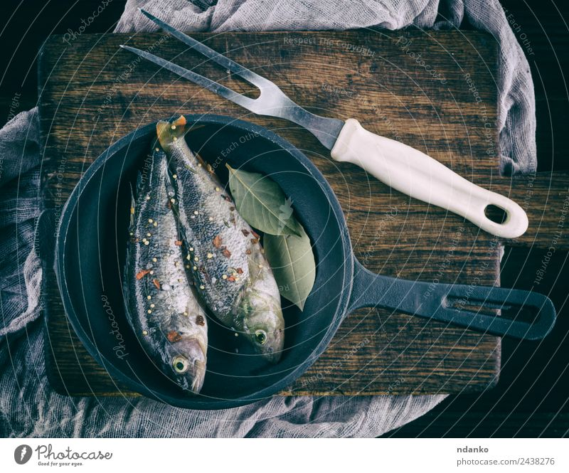 peeled fish from scales Fish Seafood Herbs and spices Nutrition Dinner Diet Pan Table Animal River Wood Dark Fresh Above Retro Brown Black Perches crucian carp