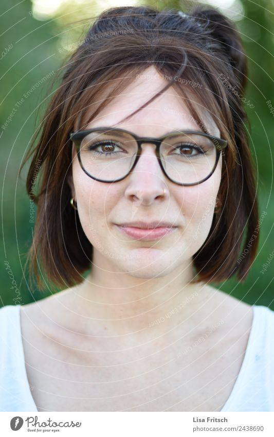 Portrait, Woman, Glasses, Nose piercing Beautiful Face Healthy Feminine Young woman Youth (Young adults) 1 Human being 18 - 30 years Adults Piercing Eyeglasses