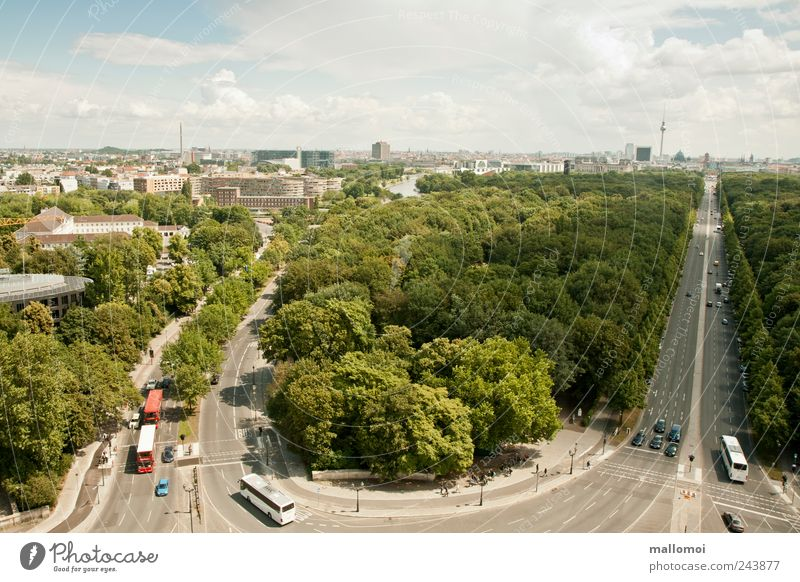 View of Berlin's traffic route Capital city Tourism Sightseeing Downtown Skyline Populated House (Residential Structure) High-rise Tourist Attraction