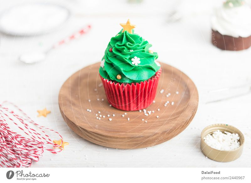 cupcake christmas tree Christmas & Advent Green White Tree Red Decoration Vantage point Gift Card Dessert Home Festive Snack Cupcake Baking Butter