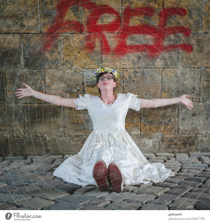 FREE | UT Dresden Lifestyle Joy Contentment Feminine 1 Human being Town Happy Happiness Joie de vivre (Vitality) Freedom Bride Wedding dress Wall (barrier)
