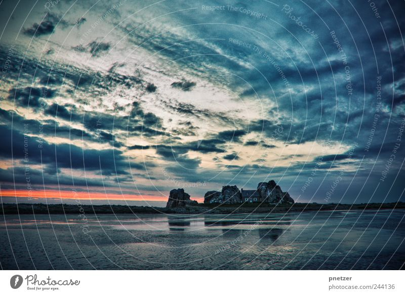 Sky Nature Water Beautiful Summer Ocean Clouds House (Residential Structure) Environment Landscape Emotions Architecture Happy Coast Weather Waves