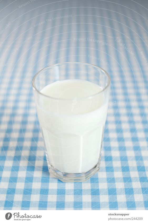 Milk Object photography Deserted Cold Cool (slang) Beverage Tablecloth Checkered Glass