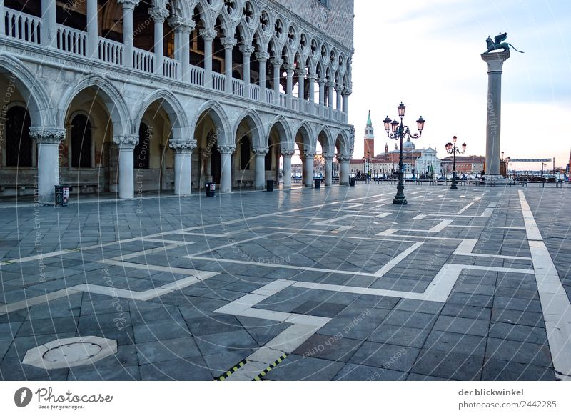 Nothing going on at St. Mark's Square Sculpture Architecture Venice Italy Town Deserted Palace Marketplace Balcony Tourist Attraction Landmark Monument Discover