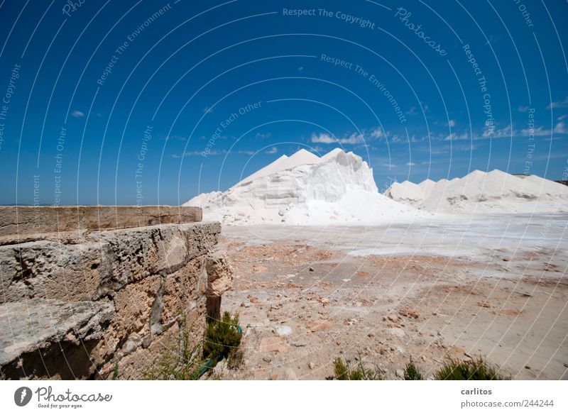 Sky Blue White Summer Mountain Warmth Wall (barrier) Lie Beautiful weather Hot Cloudless sky Dry Dazzle Majorca Salt Mediterranean