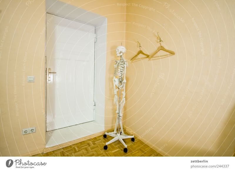 Human being Death Door Wait Doctor Hospital Entrance Retirement Massage Professional training Workplace Way out Skeleton Closing time Hanger Medical practice