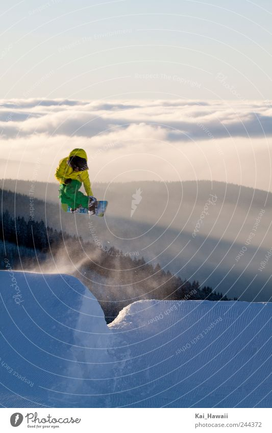 Snowboarding Nature Landscape Clouds Winter Mountain Snow Style Freedom Flying Jump Horizon Fog Free Speed Tall To enjoy