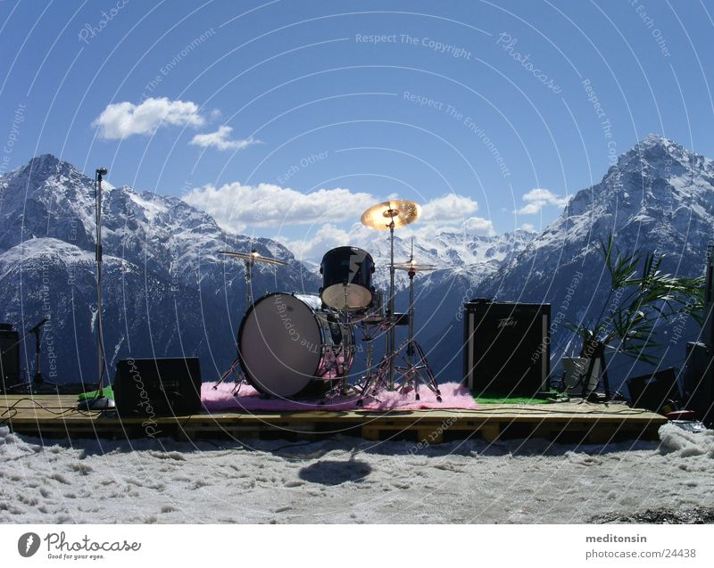 almorchester Orchestra Drum set Leisure and hobbies Alps Mountain Loneliness String before the performance