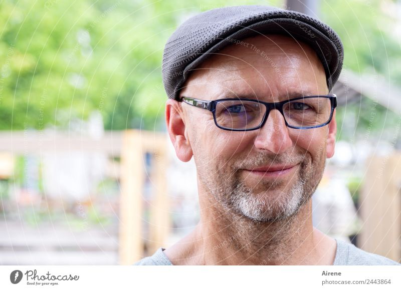 Smile, please! | UT Dresden Human being Masculine Man Adults Head Face 1 Eyeglasses Cap Facial hair Smiling Friendliness Natural Joy Warm-heartedness Sympathy