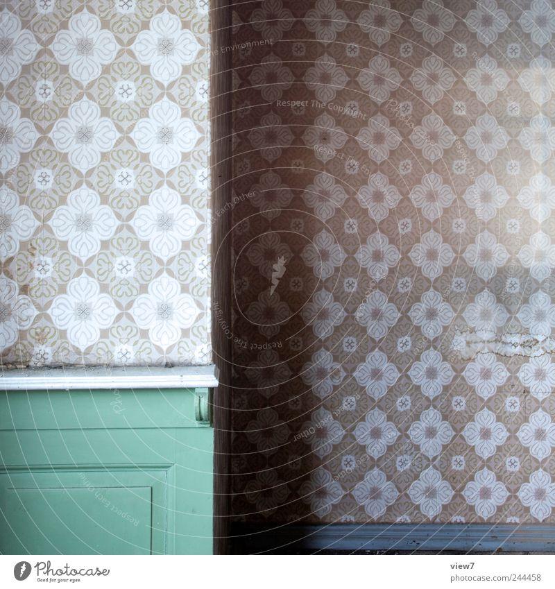Old Green Wood Room Elegant Arrangement Fresh Interior design Authentic Gloomy Living or residing Stripe Retro Simple Decoration Transience