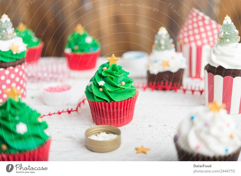 cupcake christmas tree Food Dessert Breakfast To have a coffee Banquet Fast food Decoration Table Feasts & Celebrations Birthday Packaging Wood Fresh Delicious