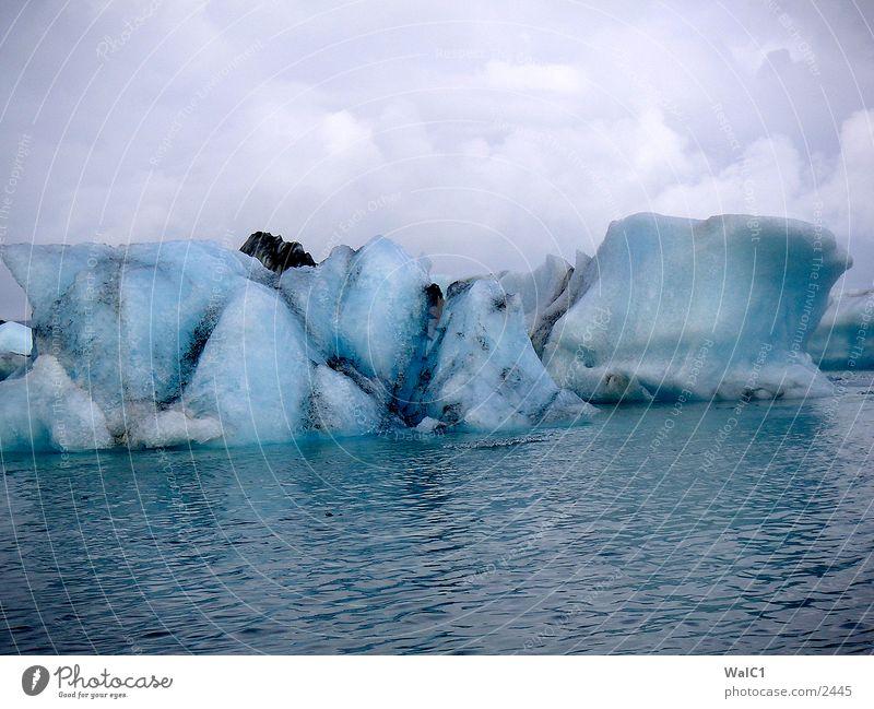 Glacial lake 03 Iceberg Mountain lake Vatnajökull glacier Watercraft Iceland Environmental protection National Park Untouched Europe Nature Power
