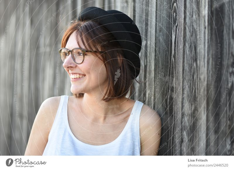 wood, young woman, hat, glasses, smile Lifestyle Beautiful Vacation & Travel Feminine Young woman Youth (Young adults) Adults 18 - 30 years Wall (barrier)