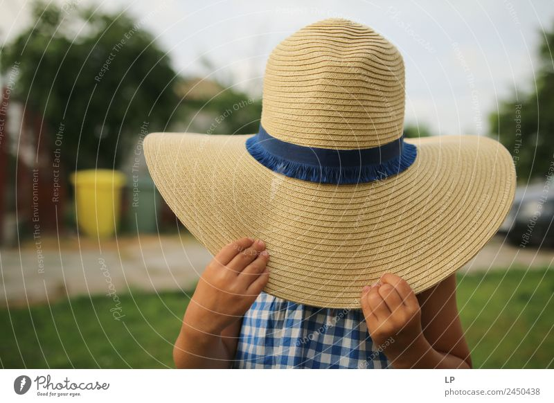 Mary with a hat Lifestyle Elegant Style Joy Beautiful Playing Vacation & Travel Mother's Day Human being Feminine Child Baby Parents Adults Brothers and sisters