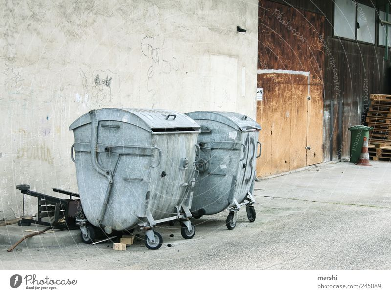 Gray Metal Environment Dirty Gloomy Trash Container Backyard Courtyard Recycling Trash container Waste utilization Recycling container