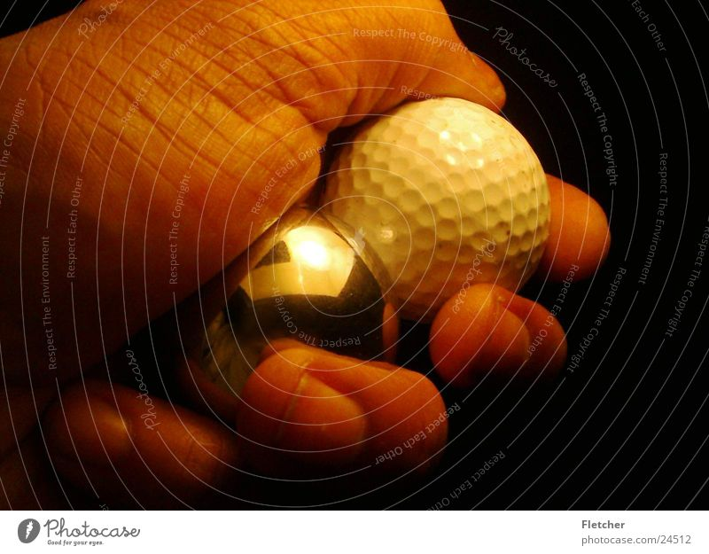 Golf Ball Silver Ball Hand Golf ball Silver globe Reflection Fingers Photographic technology Sphere reflexion Calm