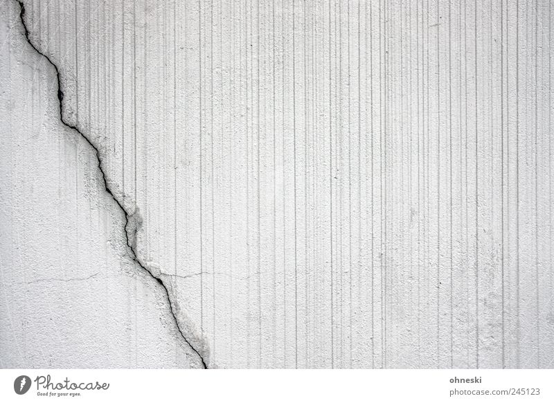 White Wall (building) Wall (barrier) Building Line Facade Stripe Lightning Manmade structures Diagonal Crack & Rip & Tear Striped