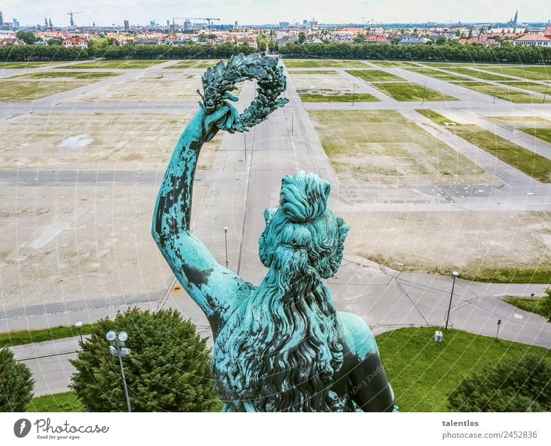 Bavaria Feminine Body Hair and hairstyles Arm 1 Human being Sculpture Statue Munich Germany Capital city Downtown Deserted Manmade structures Tourist Attraction