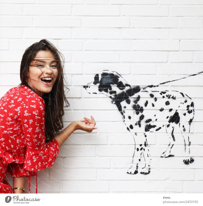 jessica Feminine Woman Adults 1 Human being Painting and drawing (object) Wall (barrier) Wall (building) Shirt Brunette Long-haired Dog Animal Graffiti Discover