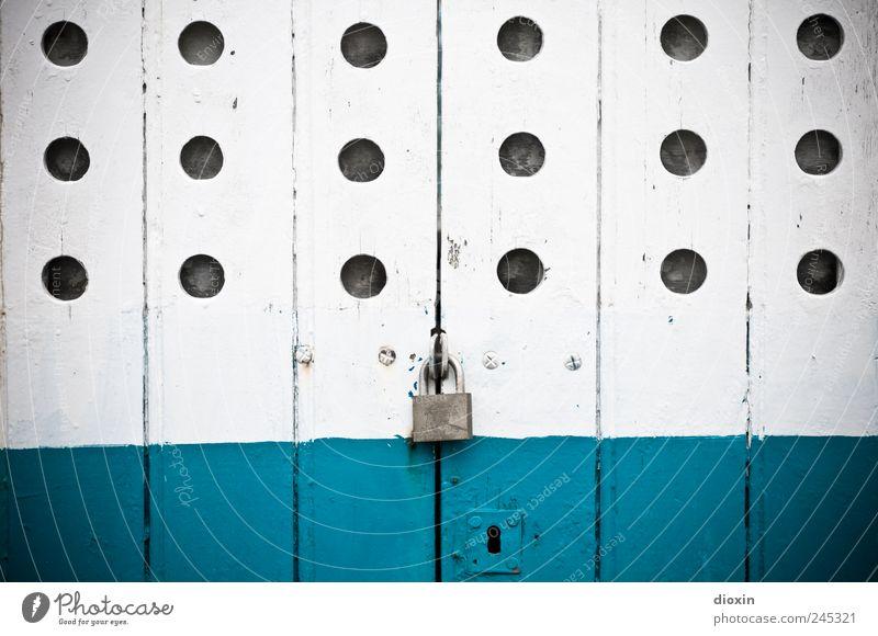 fermé Navigation Fishing boat Watercraft Old Blue White Bans Past Transience Door lock Turquoise Car door Padlock Lock Keyhole Hollow Flake off paint
