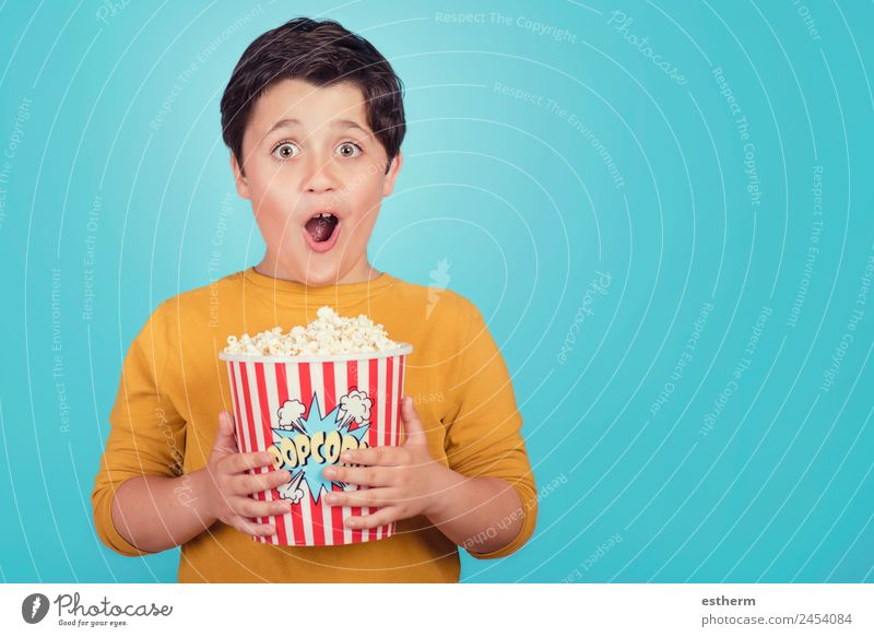 happy boy with popcorn Food Lifestyle Joy Leisure and hobbies Entertainment Human being Masculine Child Toddler Boy (child) Infancy 1 8 - 13 years Theatre