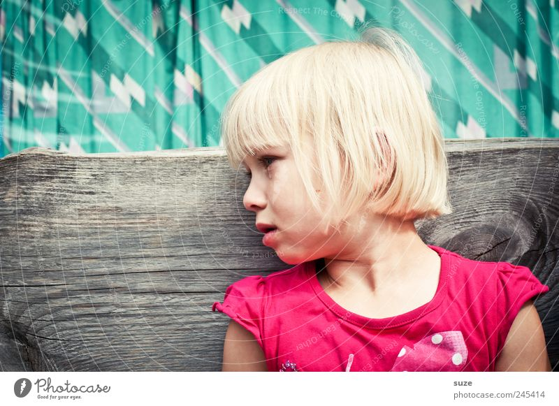 tears Hair and hairstyles Child Human being Toddler Infancy 1 3 - 8 years Blonde Sit Sadness Cry Small Cute Pink Tears Bench Turquoise Colour photo