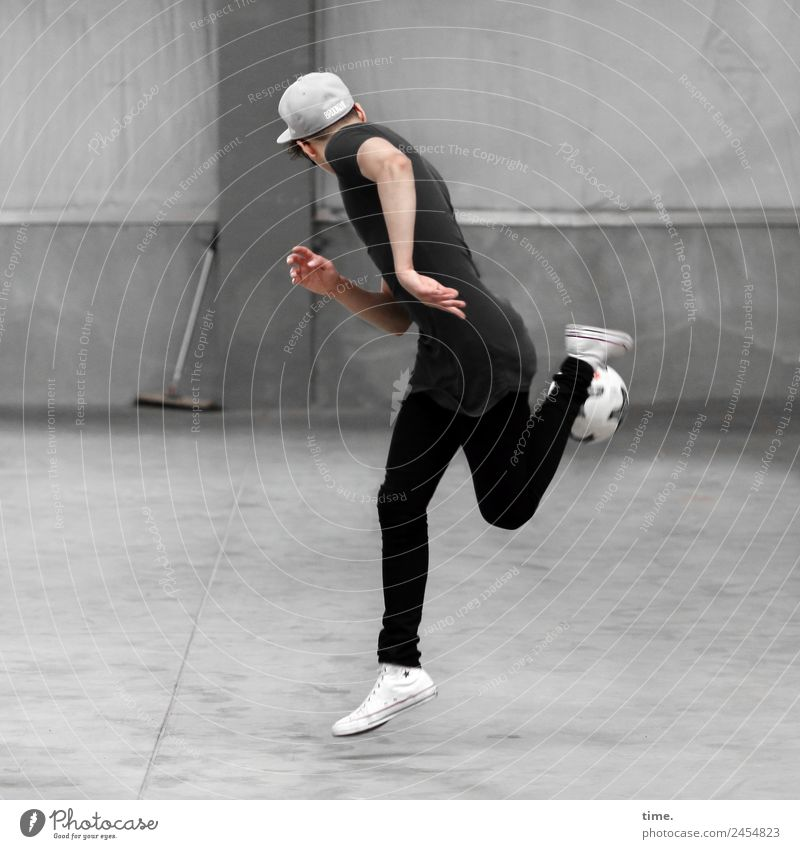 Sergei Sports Sportsperson Soccer Masculine Man Adults 1 Human being Hall Wall (barrier) Wall (building) T-shirt Pants Sneakers Cap Broom Foot ball