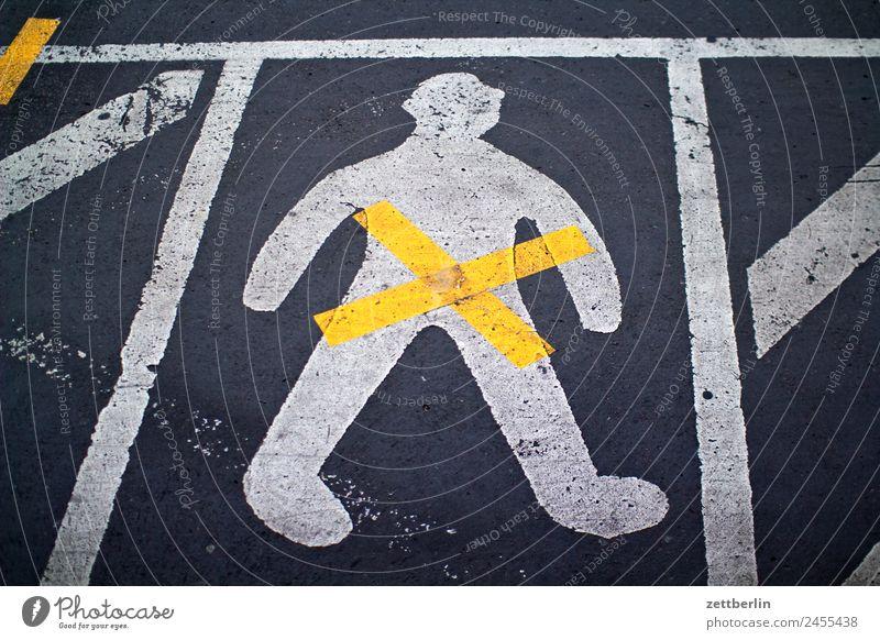 Human being Man Street Lanes & trails Copy Space Line Signs and labeling Signage Asphalt Crucifix Warning label Orientation Clue Bans Navigation