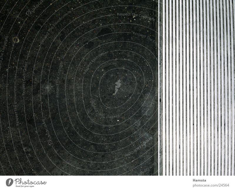Dark Floor covering Sidewalk Subsoil Escalator Photographic technology
