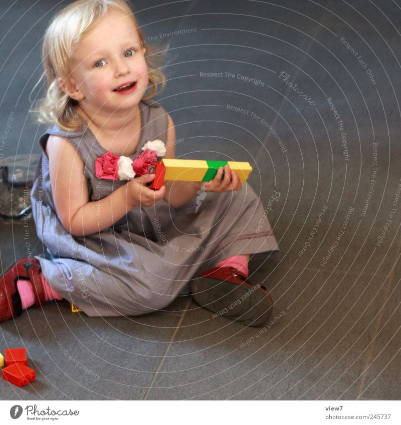 kindergarten Leisure and hobbies Playing Handicraft Toddler Girl 1 Human being 1 - 3 years Select Movement Crouch Make Looking Sit Authentic Fresh Multicoloured