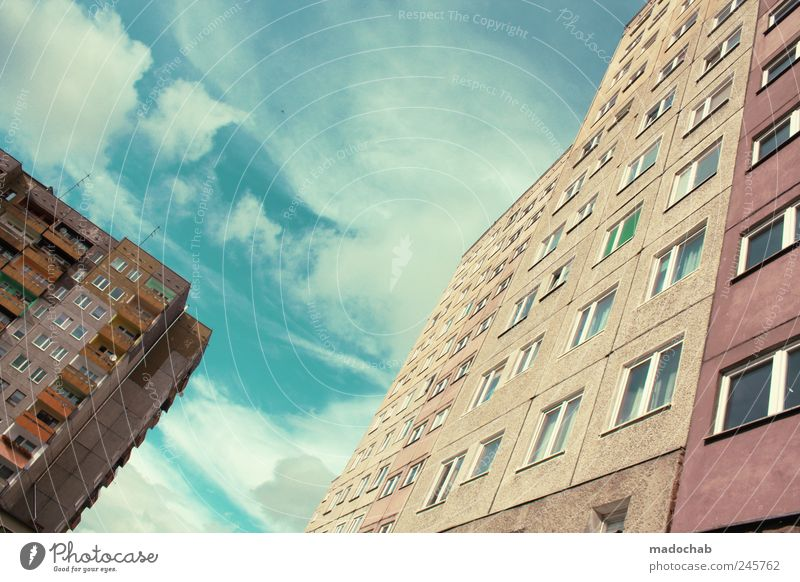 City House (Residential Structure) Far-off places Window Architecture Building Facade Poverty Lifestyle Living or residing Luxury Decline Distress Claustrophobia Competition Complex