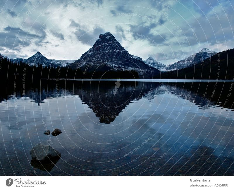 ratiopharm Environment Nature Landscape Elements Water Moody Calm Montana Glacier National park Two Medicine Lake Reflection Idyll Loneliness Symmetry Power